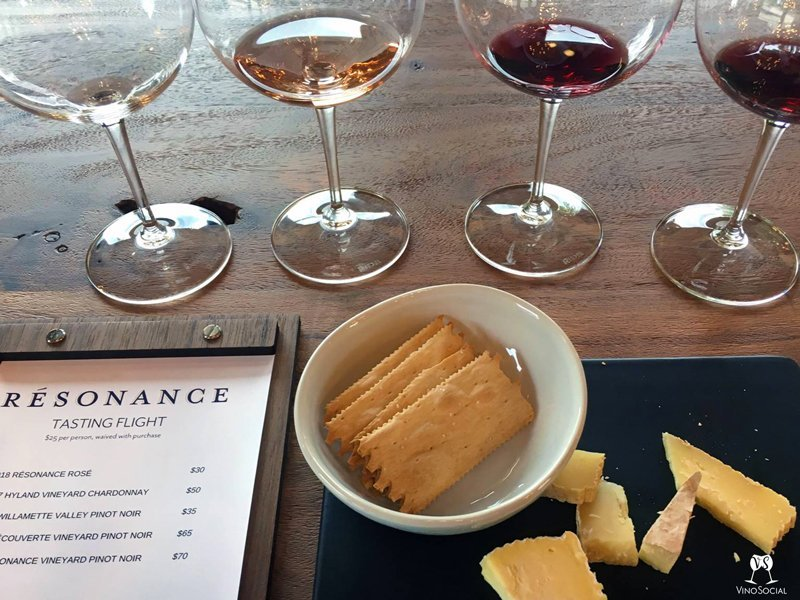 food pairing wine flight