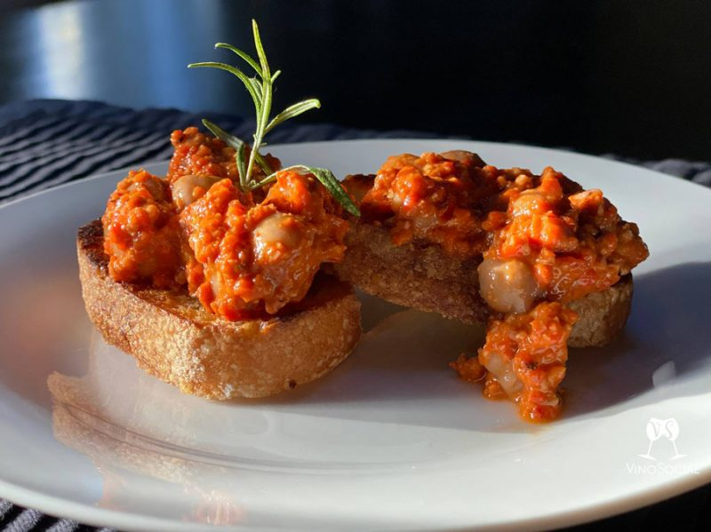 easy-tartines-with-romesco-sauce